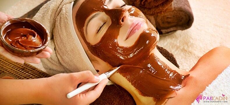 Pürüzsüz Cilt İçin Çikolata Maskesi