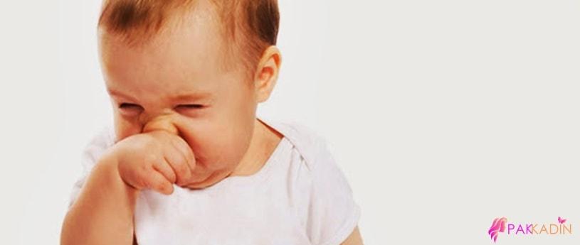 Bebekler de Hapşırık Ve Hıçkırıklar