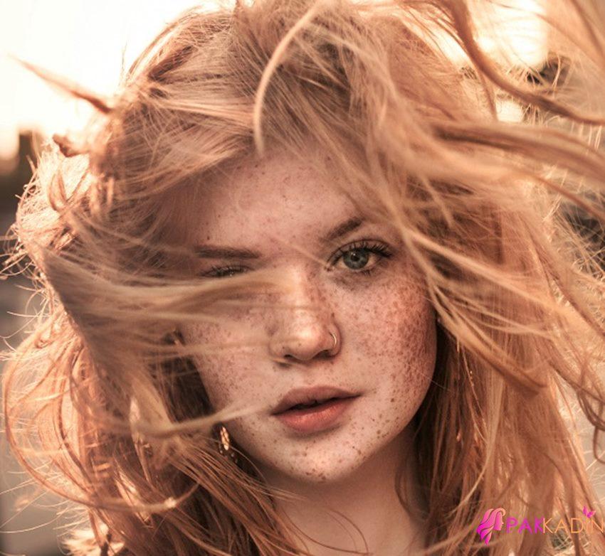 Krem Karamel Saç Renginin Bakımı Nasıl Olmalı ?