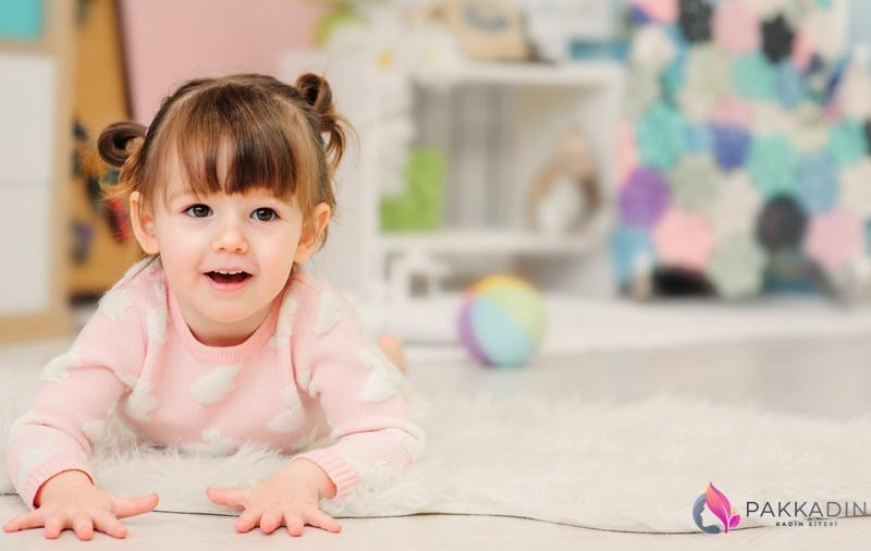 2 Yaşındaki Bir Bebek Neler Yapar?